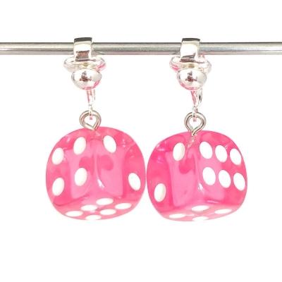 Clipoorbellen dobbelsteen roze, hangoorbellen