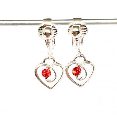 Clipoorbellen hartjes met 1 glitter rood, hangoorbellen
