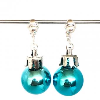 Clipoorbellen kerstbal klein plastic blauw/turquoise glanzend, hangoorbellen
